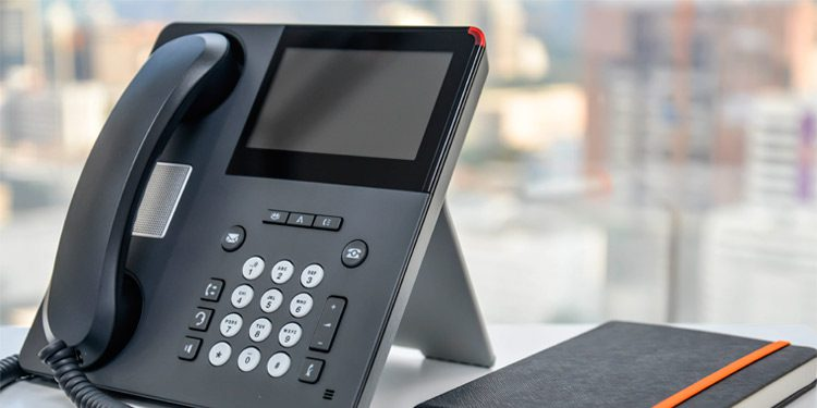 virtual pbx vs hosted pbx