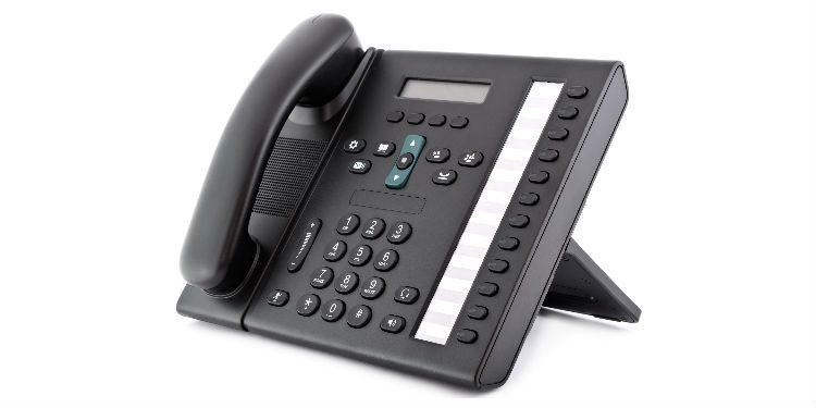 VoIP vs Analogue phones